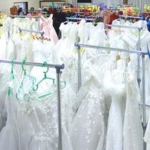 白いドレスで気分は花嫁さん♪