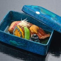 【新・美味少量】グレードアップ煮付け/伊豆名物 金目鯛の煮つけ