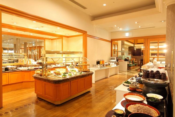「アイリス」朝食時店内イメージ