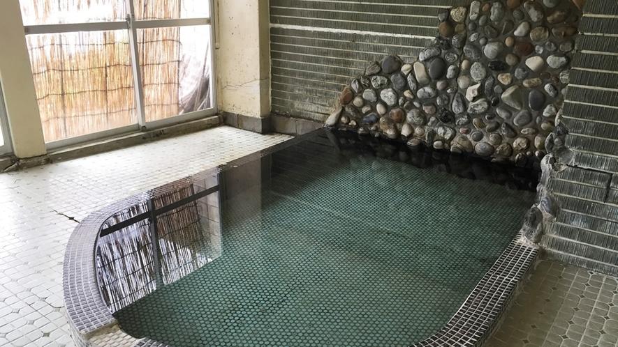 *【大浴場】足を伸ばしてのんびりと…