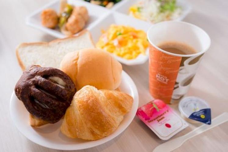【朝はやっぱり洋食派の方にも大気】※バイキング形式でメニューは日替わりです!