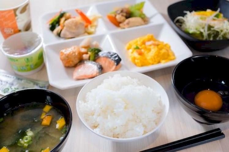 【朝はやっぱり和食派の方にも大人気】有機味噌を使用した美味しい味噌汁♪