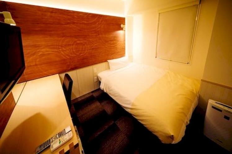 ■スタンダードルーム■眠りを追求した広々150㎝幅のワイドベットと程よい低反発マットでぐっすりけます