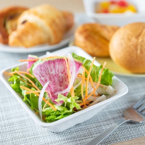 JAS認定の有機野菜もオリジナルドレッシングでお召し上がり下さい♪