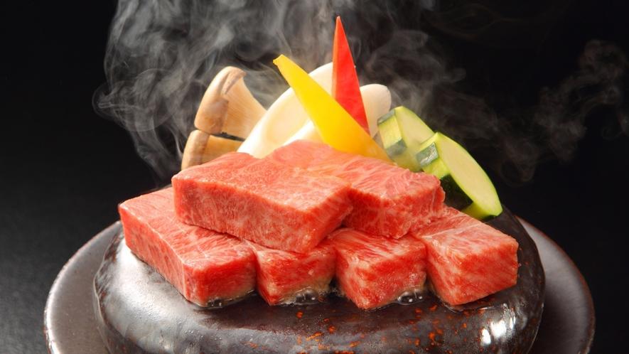 【山形牛ステーキ】上質の山形牛ステーキを石焼で匂い、音で贅沢に。※旬の素材により料理内容異なります