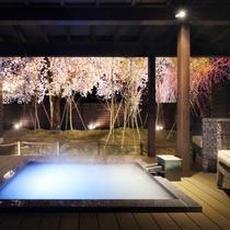 【露天風呂付き客室 -夜-】