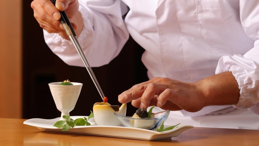 【調理長】お客様の笑顔を力に!調理長が一品一品こだわり続けたお値段以上の料理がゆさにはあります