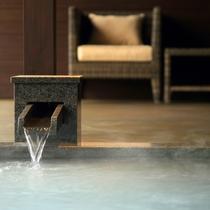 【露天風呂付き客室 -絹の湯-】