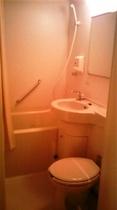 客室のユニットバス、トイレ