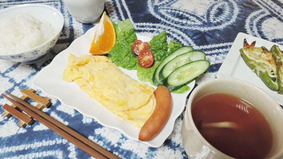 *【朝食一例】オムレツ(卵焼き)をメインとした和洋朝食5〜6品をご用意!