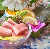 【長者会席】豪華食材の競演をお楽しみください。