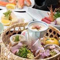 *夕食(一例)/季節の味覚を存分にお楽しみ頂けます。
