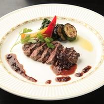 *国産牛のステーキ(夕食一例)