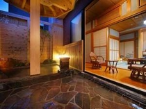露天風呂付客室【さくらの間】露天風呂