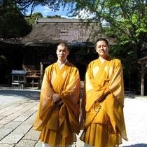 竹林寺僧侶と巡るパワースポットと写経体験