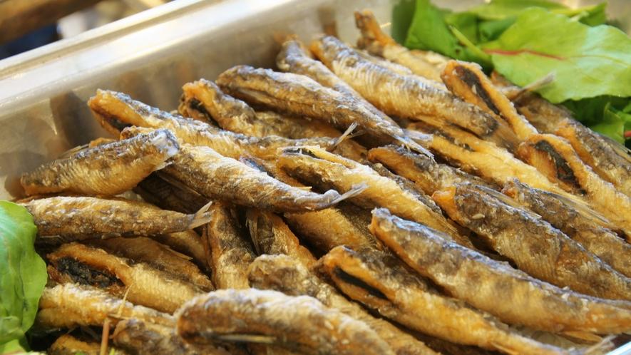 【メヒカリの唐揚げ】高知産のメヒカリを使用!カリカリ食感がたまりません♪