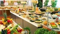 【ご朝食】和洋ブッフェスタイル。高知がまるごと味わえる郷土色豊かな朝食をお愉しみください♪