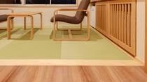 【天誠スーペリアツイン】ベッドと空間を分け畳スペースも設けた和の趣を感じることのできる客室