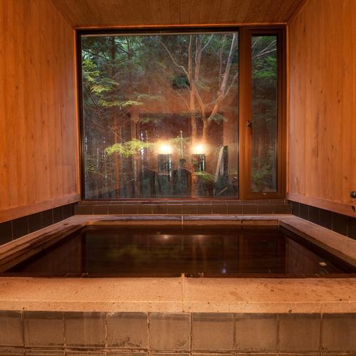 和洋室宿泊のお客様専用の貸切温泉