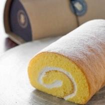 湯布院で人気のロールケーキ「Pロール」
