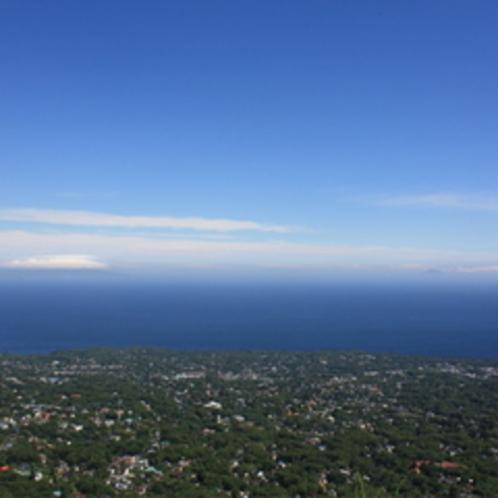 伊豆の青空と海は最高に気持ちが良いですよ。