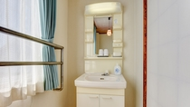 *別館和室8畳/清潔で使いやすい洗面台。