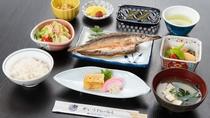 *ご朝食/食堂にて和定食をご用意いたします。