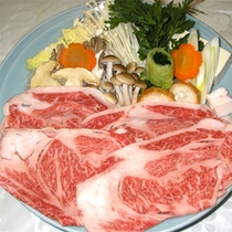 **夕食一例(山形牛すき焼き)