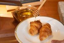 森のレストランMARCHERANT_朝食ハチミツ