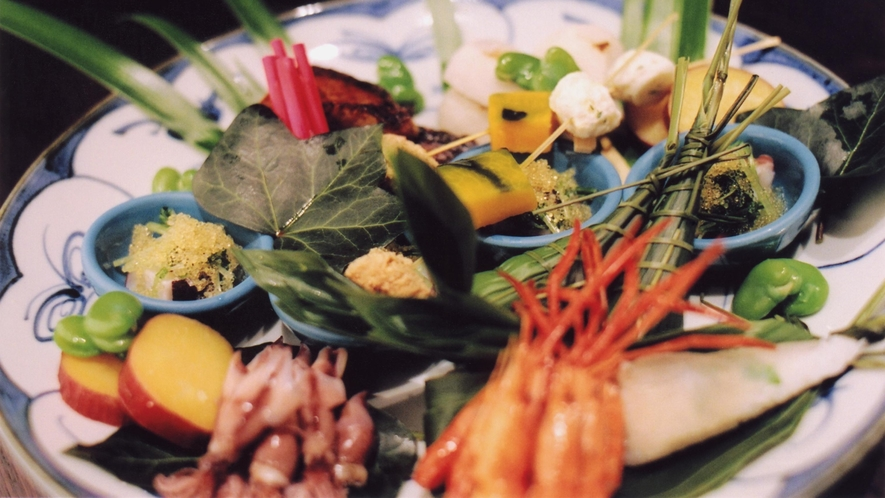 【料理イメージ】丹後の旬の味覚をお楽しみ下さい。