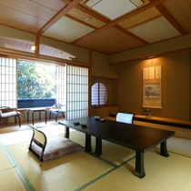 ◇【清流閣】準特別室・12.5畳。ゆったりとした広い間取りで、どうぞお寛ぎください。