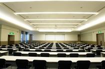 ホテル内は、大小合わせて約30の会議室がございます