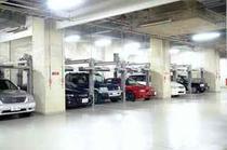 ご宿泊の方は駐車料金無料(地下・屋外合計140台)!チェックイン前・アウト後も駐車OK!