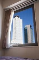 客室窓風景昼