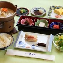 *【ご朝食一例】飛鳥地方の伝統食「飛鳥鍋」が好評の和定食です