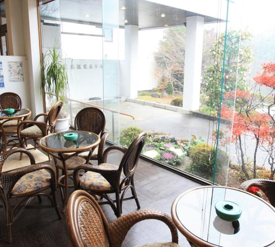 ロビーカフェスペース