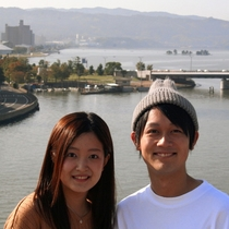 毎朝8時~10時迄別館屋上から素晴らしい水都宍道湖の眺望を背景に記念写真をお撮り頂けるオリジナル企画