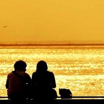 ★宍道湖のミスティーな夕日は日本一★