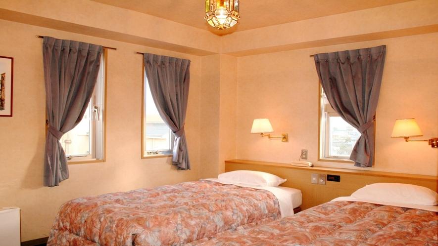 ■スタンダードツインルームは全て角部屋!ベッドはシングルベッド×2です■