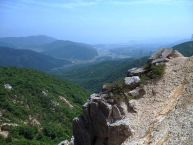 高島トレイル、赤坂山・三国山登山にも最適!