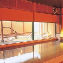 大浴場「信楽の湯」