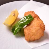 *お夕食一例(エビ真薯)