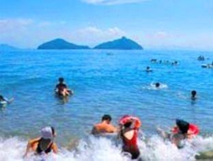 本島(ほんじま)海水浴場