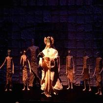 ギャラリーに展示してある和紙人形