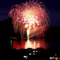 7/20(土) 仙崎花火大会を貸切船に乗って海上から見学♪