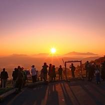日本の夕陽百選に選ばれている「見晴台」から♪(写真提供:小林誠)