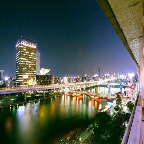 ◆客室(リバーサイド)からの夜景