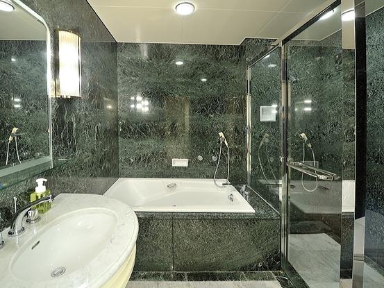 エグゼクティブスイート【103平米】 バスルーム
