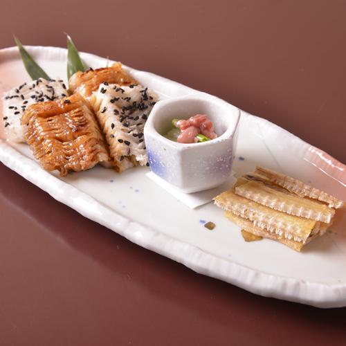 【鱧の骨煎餅】季節感あふれる「懐石料理」の一例