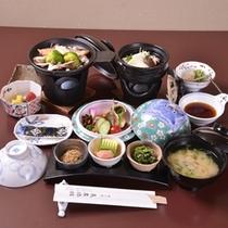 【朝食例】京都ならではの『和のおばんざい』を使った和朝食をお召し上がり下さい。